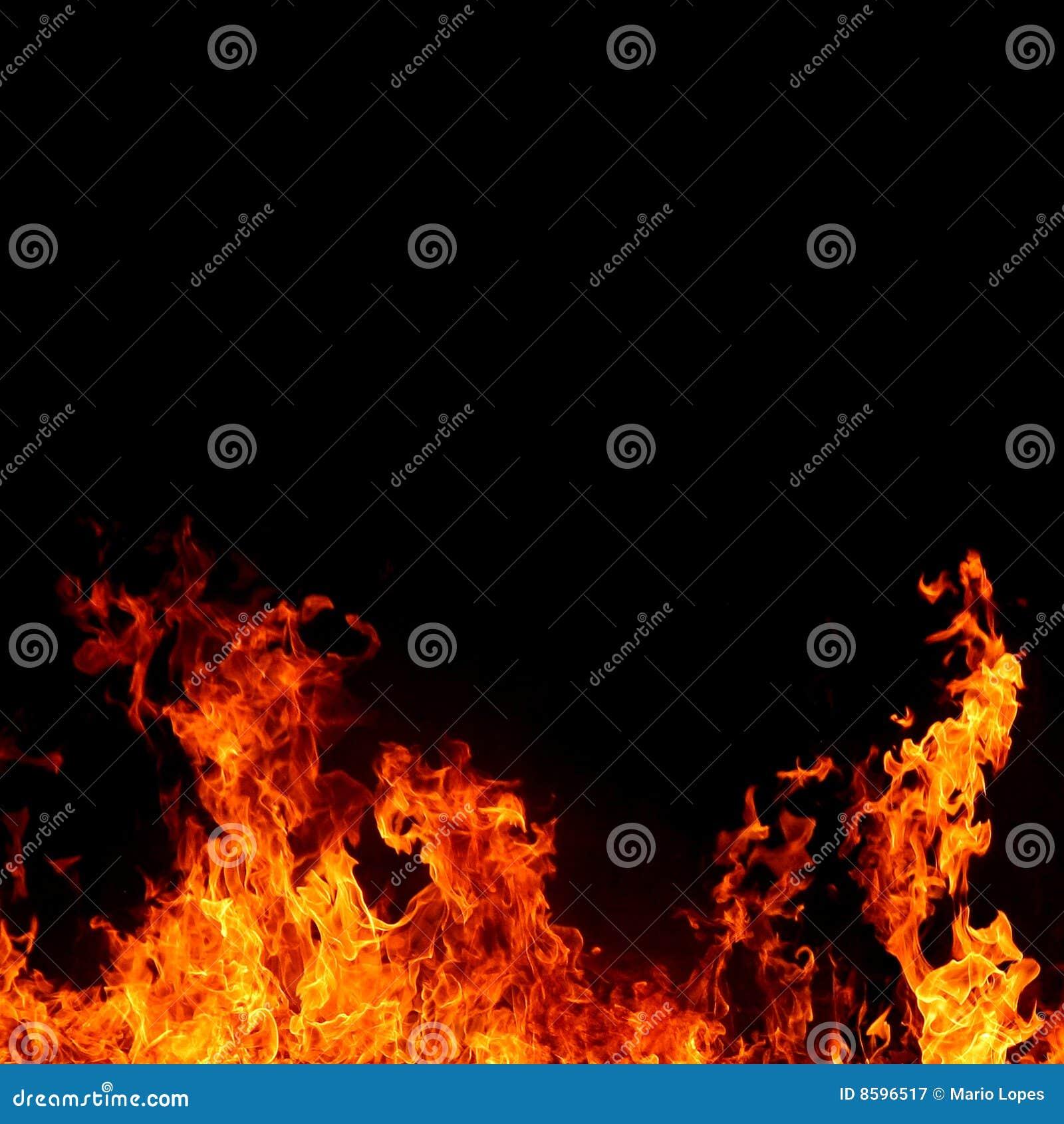 Priorità bassa astratta con le fiamme calde chiare del fuoco