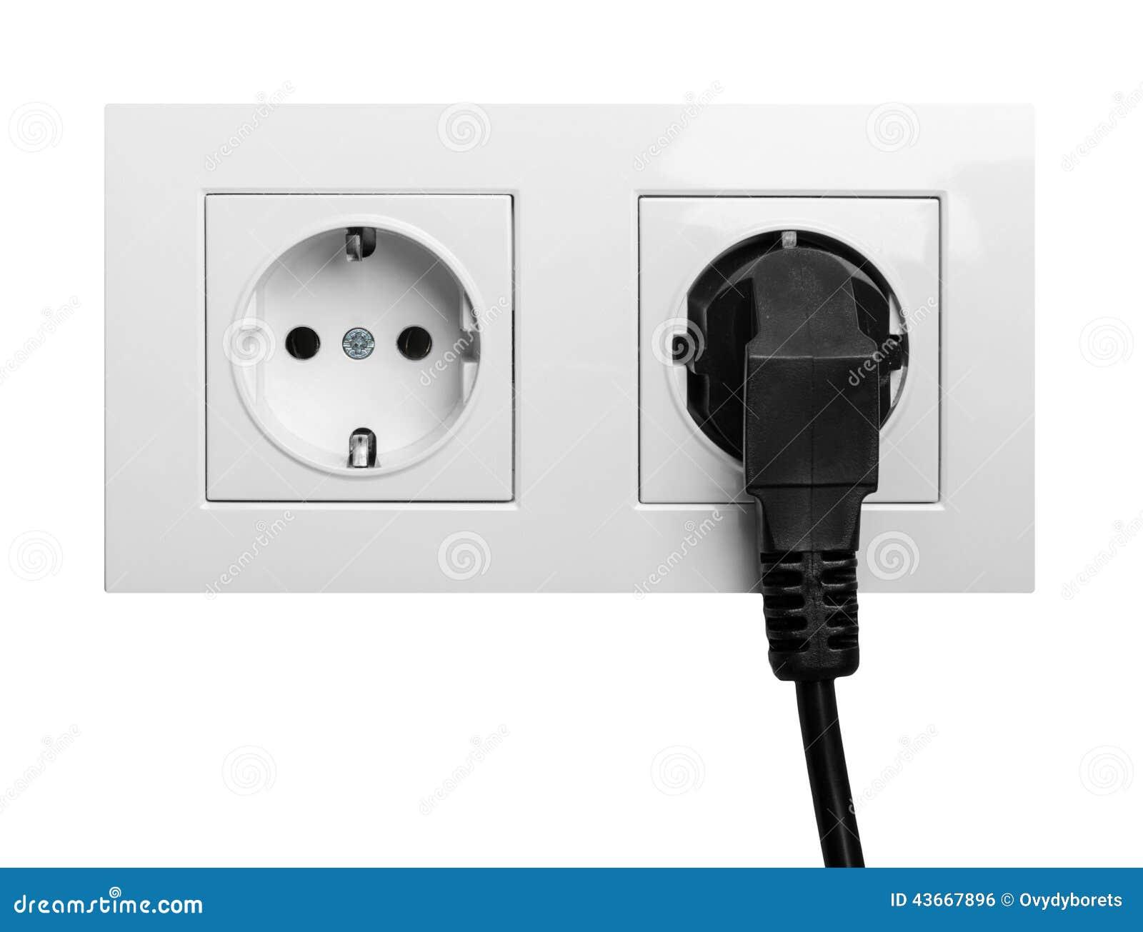 Prise lectrique europ enne de double puissance d 39 isolement sur un blanc - Reparer prise electrique murale ...