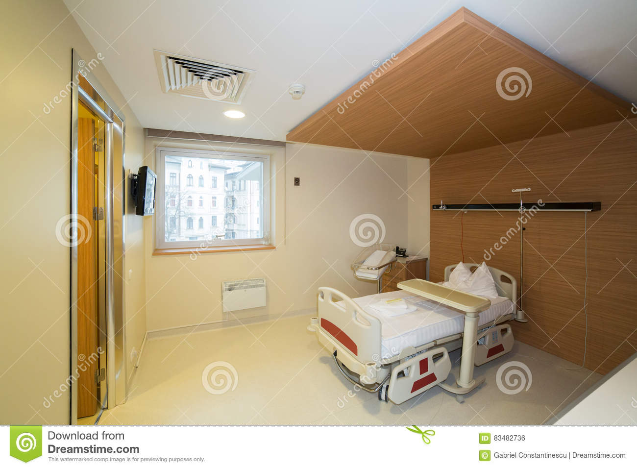 Private hospital room