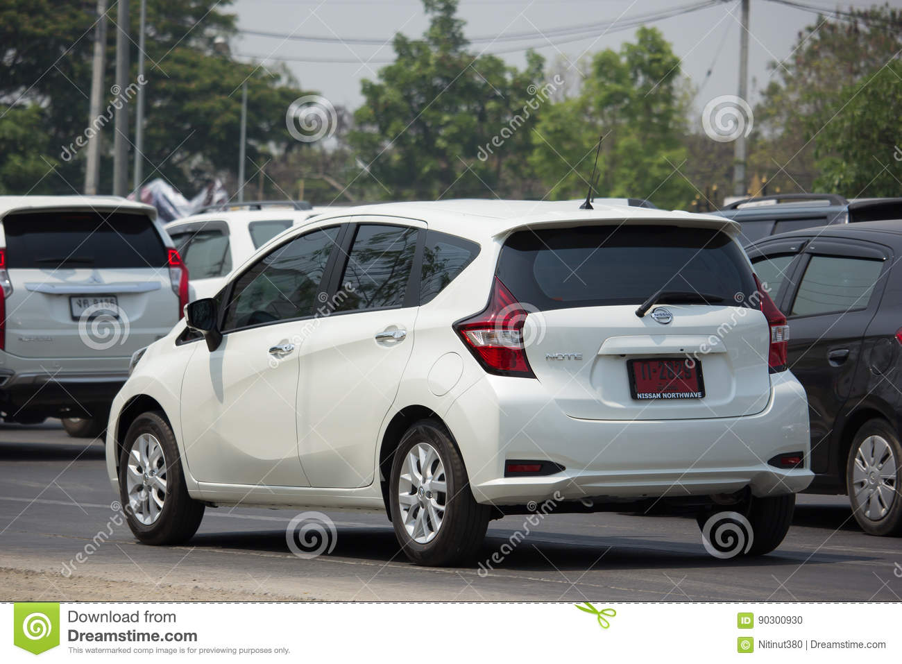 private new eco car nissan note editorial image - image of design