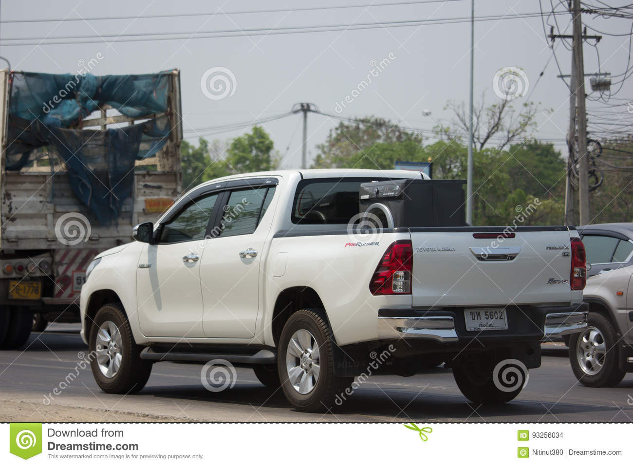 new used toyota hilux pickup and truck thailand no 1 autos post. Black Bedroom Furniture Sets. Home Design Ideas