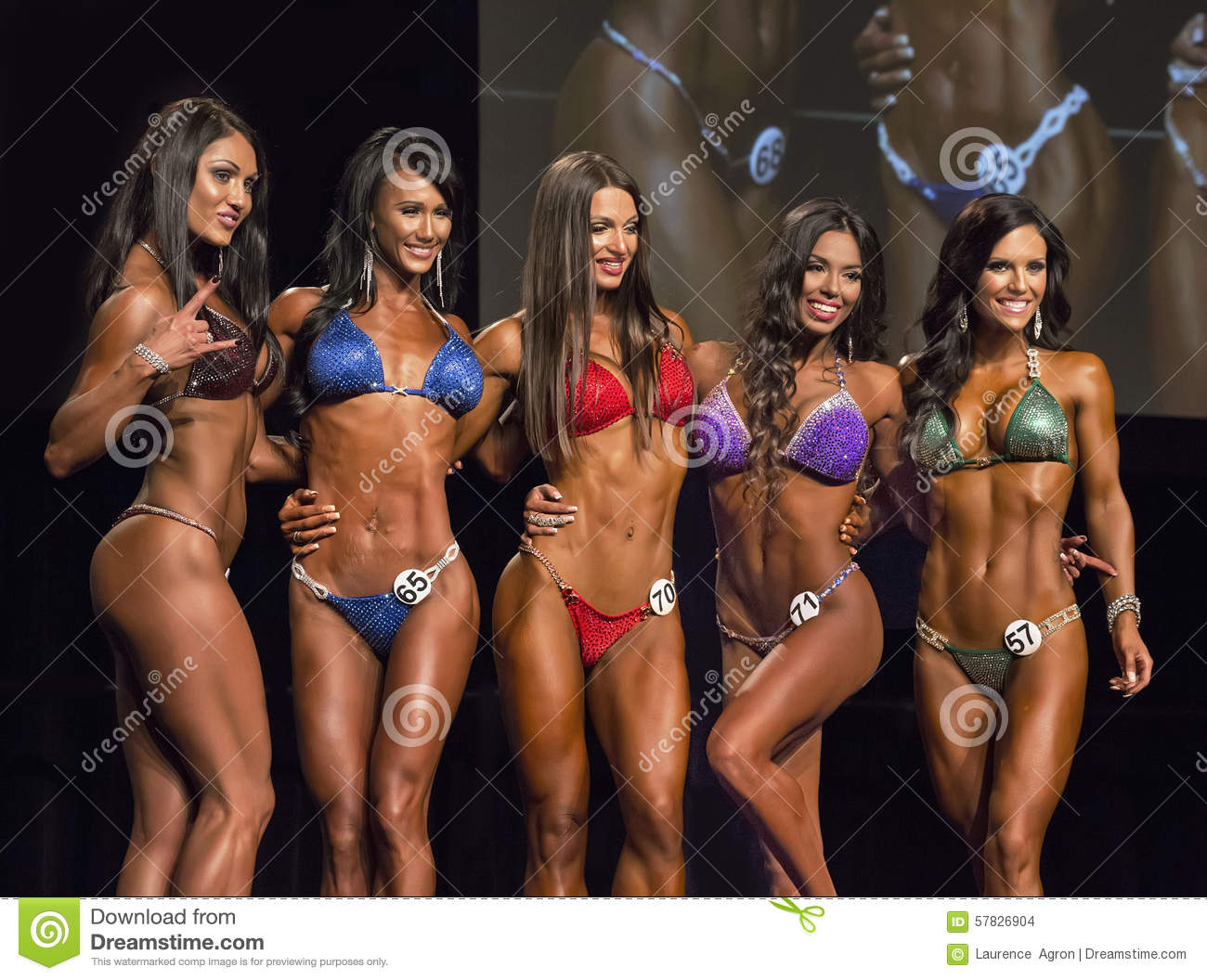 Pro Bikini Awards Ceremony Top Strike Pose Ifbb Vancouver Expo Competition July Event Was Held Peruvian Girl
