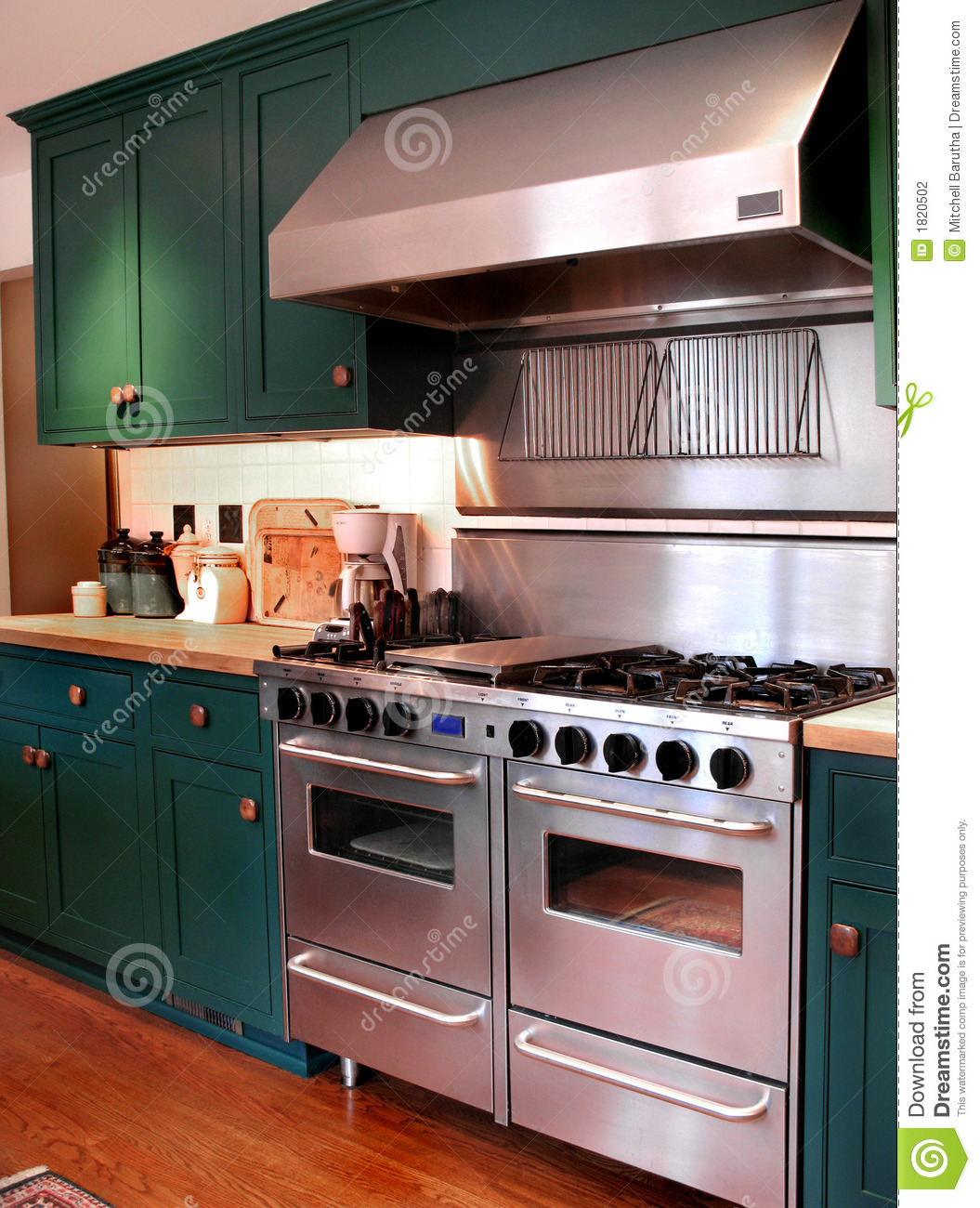Kitchen Bar With Stove: Pro Model Kitchen Stove Stock Photo. Image Of Chair