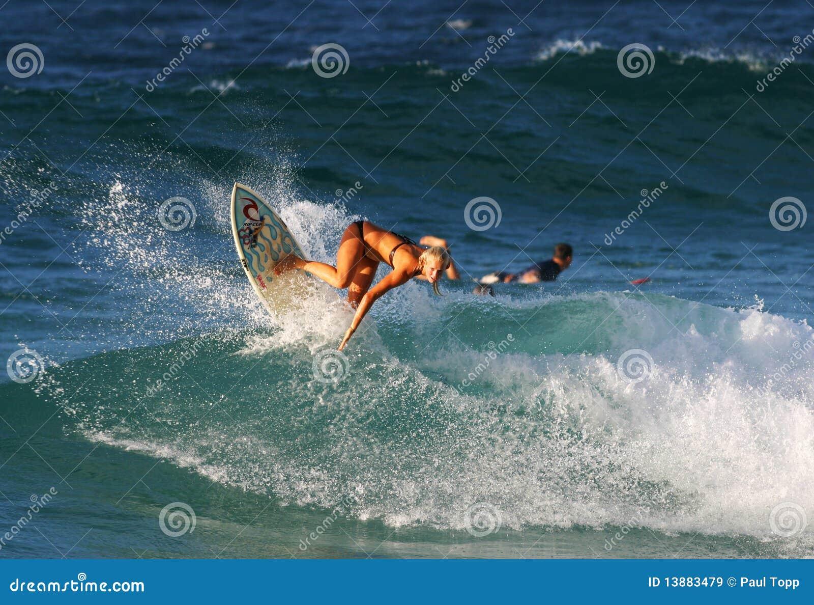 Pro surfer Bethany Hamilton en Hawaï