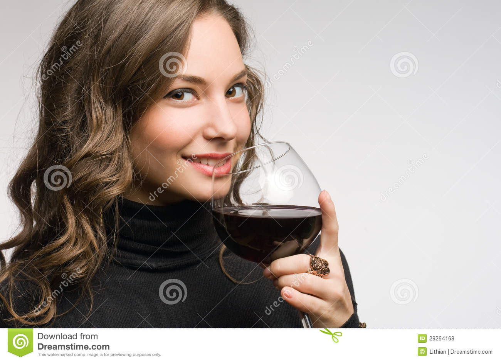 Probar el gran vino.