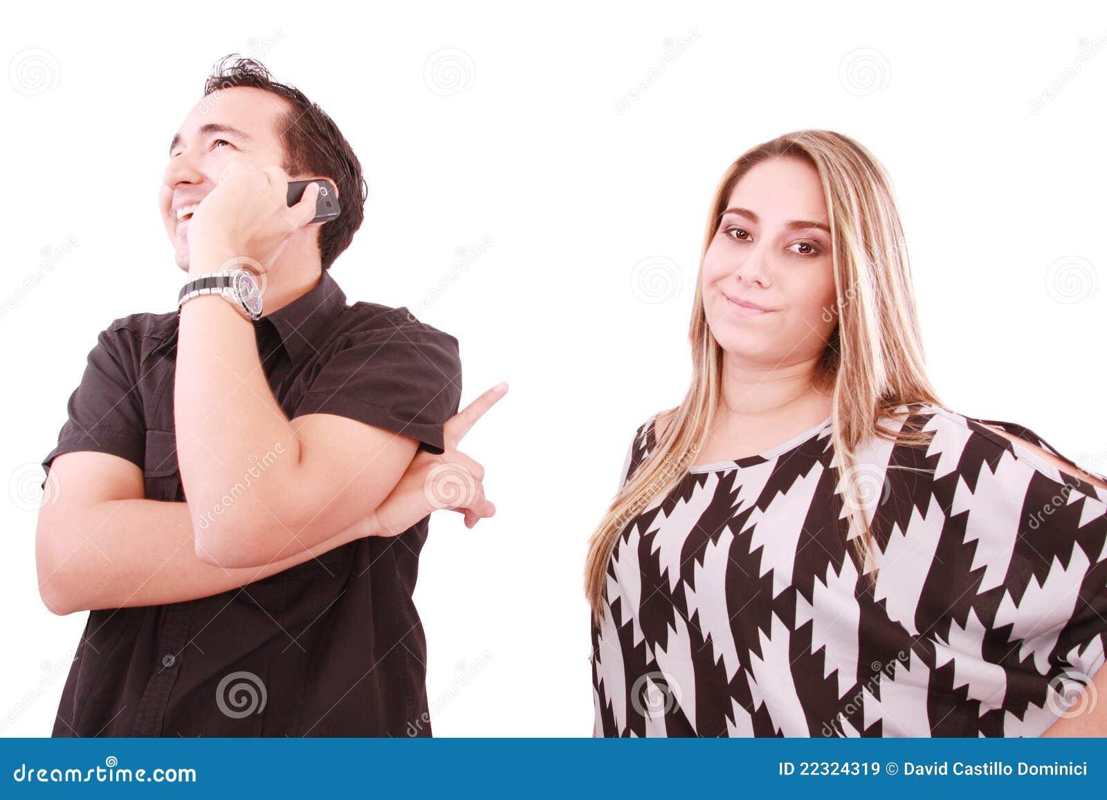 Разговаривает с мужем по телефону 1 фотография