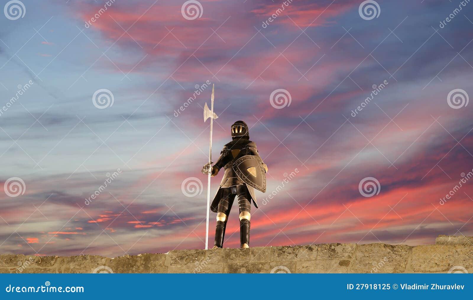Procès d armure avec l épée