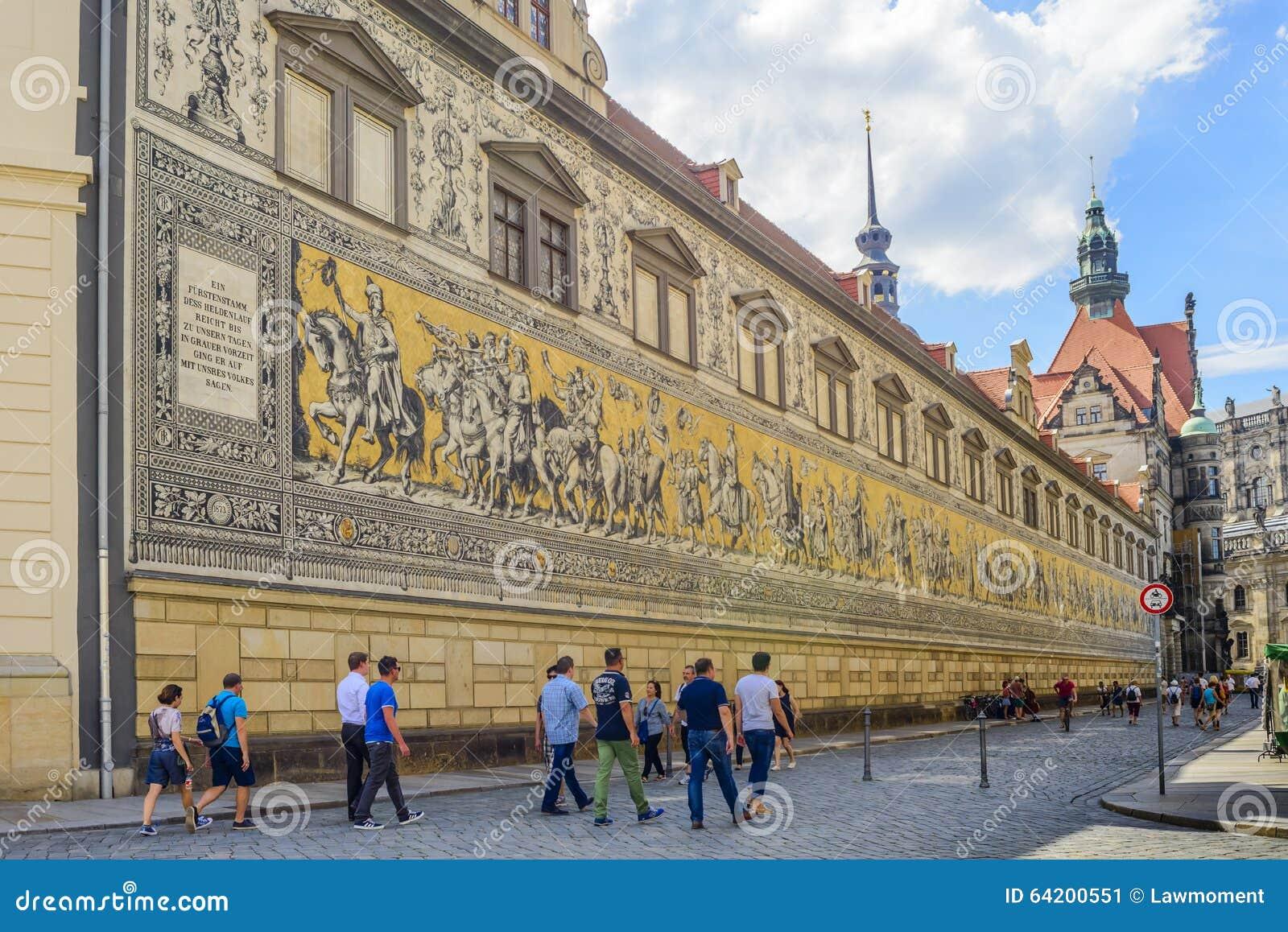 Procesión de la pared de los príncipes en Dresden