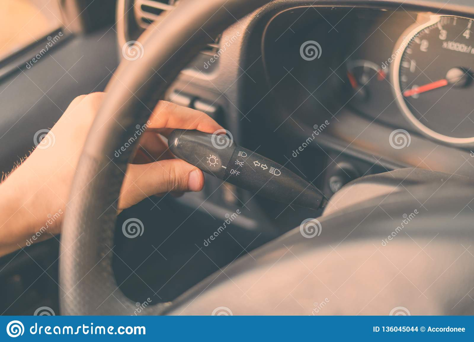 Process of adjusting car for comfort drive and turn on turning light b