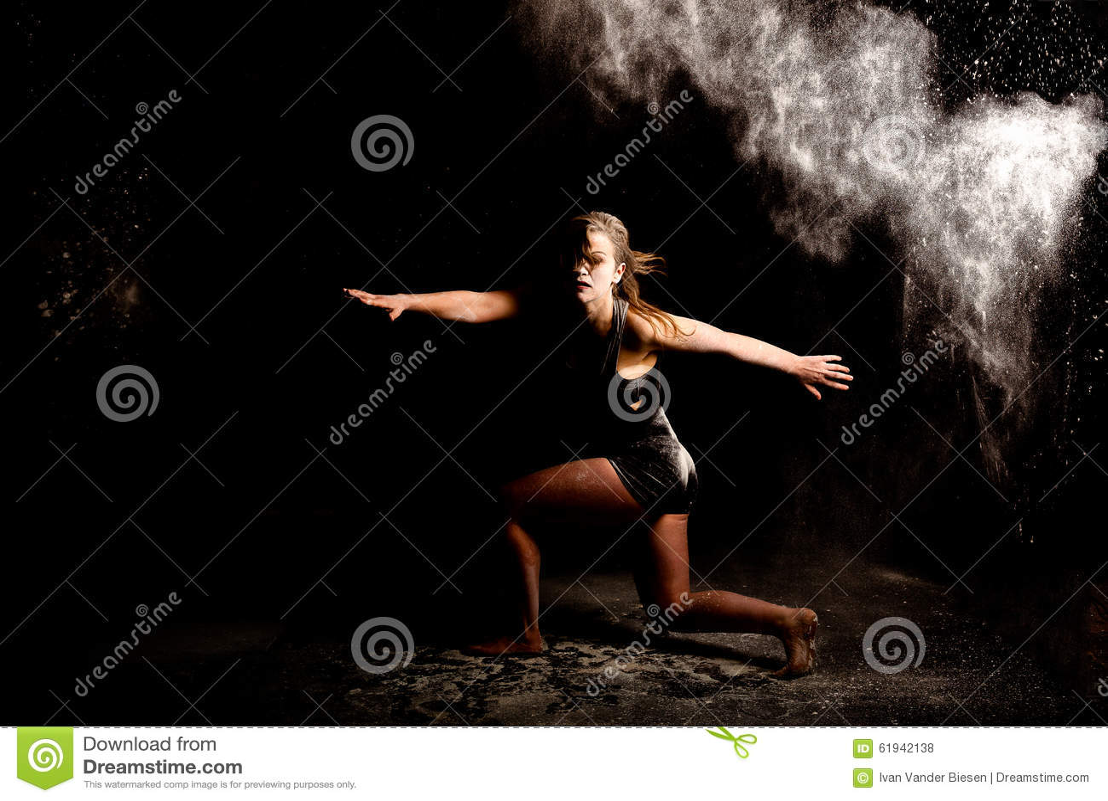 Prochowy współczesny tancerz lowkey