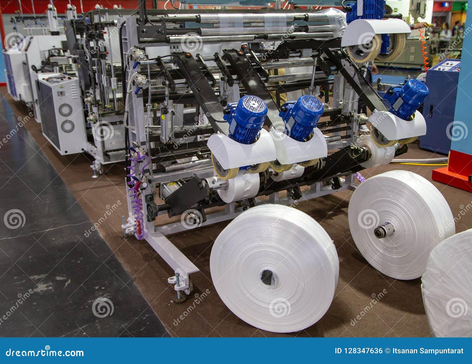 Production de sachet en plastique, extrudeuse