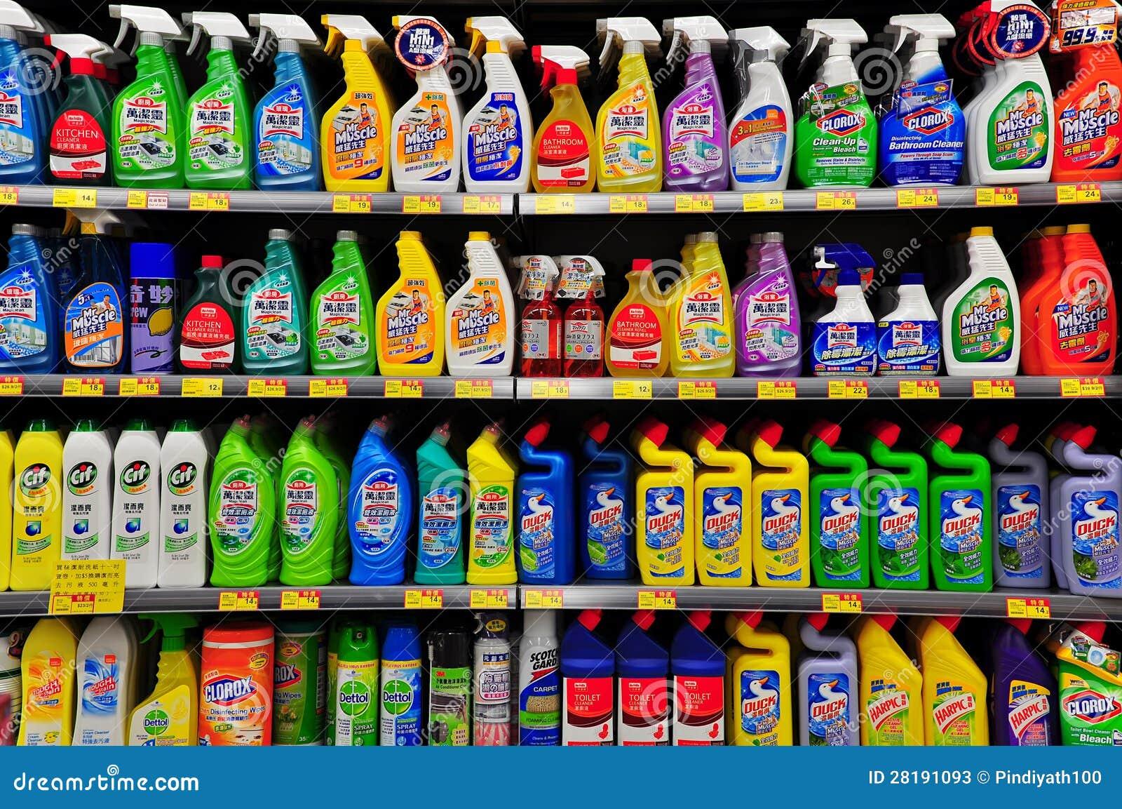 Productos de limpieza en el supermercado de Hong-Kong