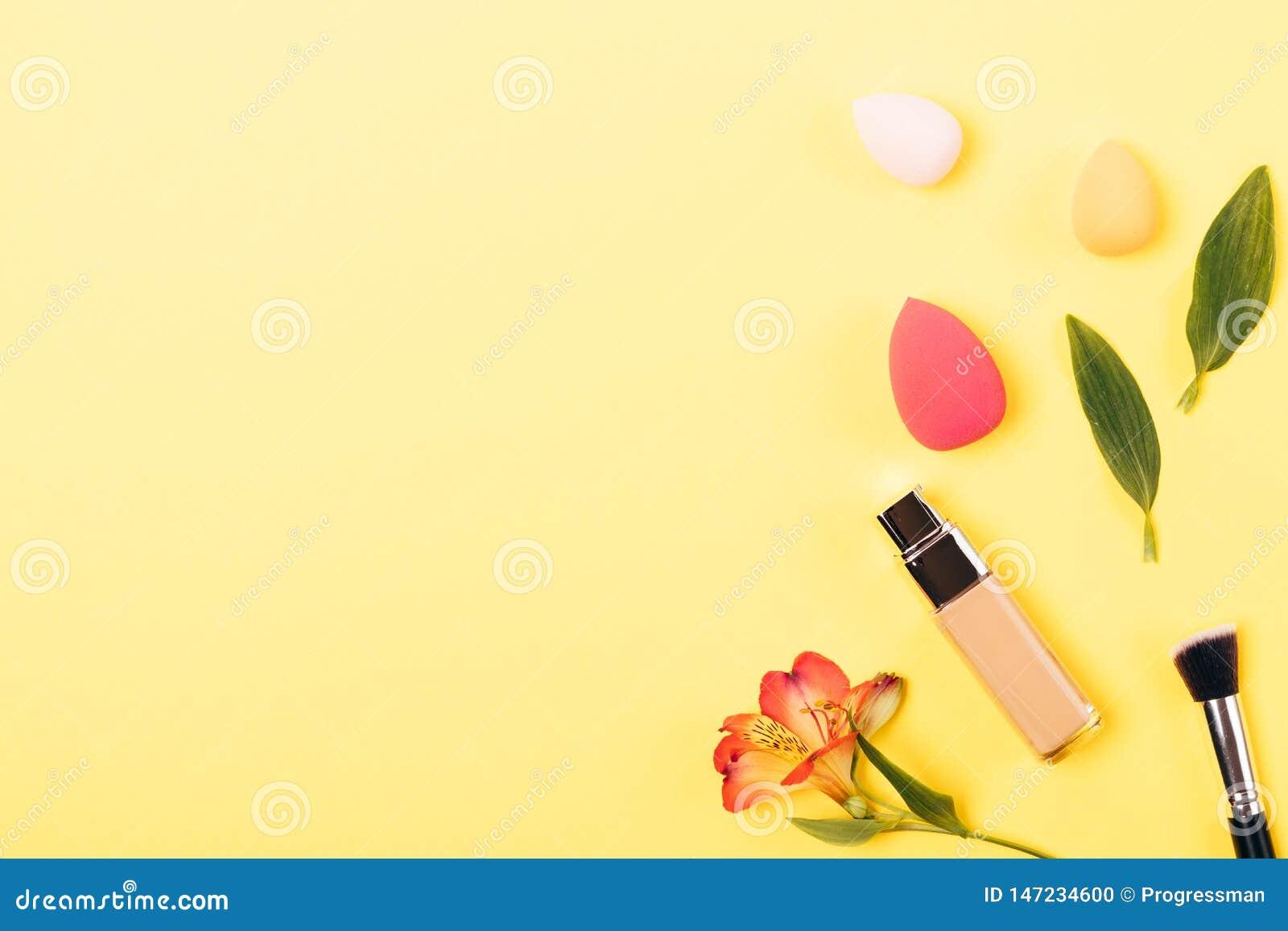 Produit cosmétique pour la crème de base lisse de peau de visage