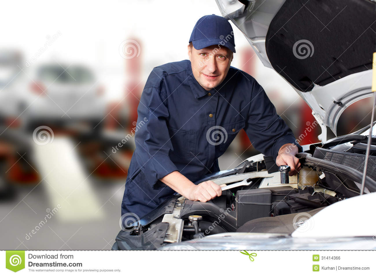 how to become a professional mechanic