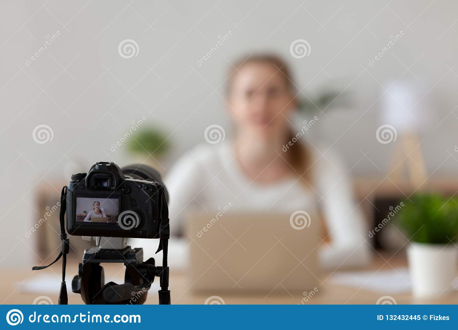 Professional Camera Shooting Female Filming Tutorial At Home
