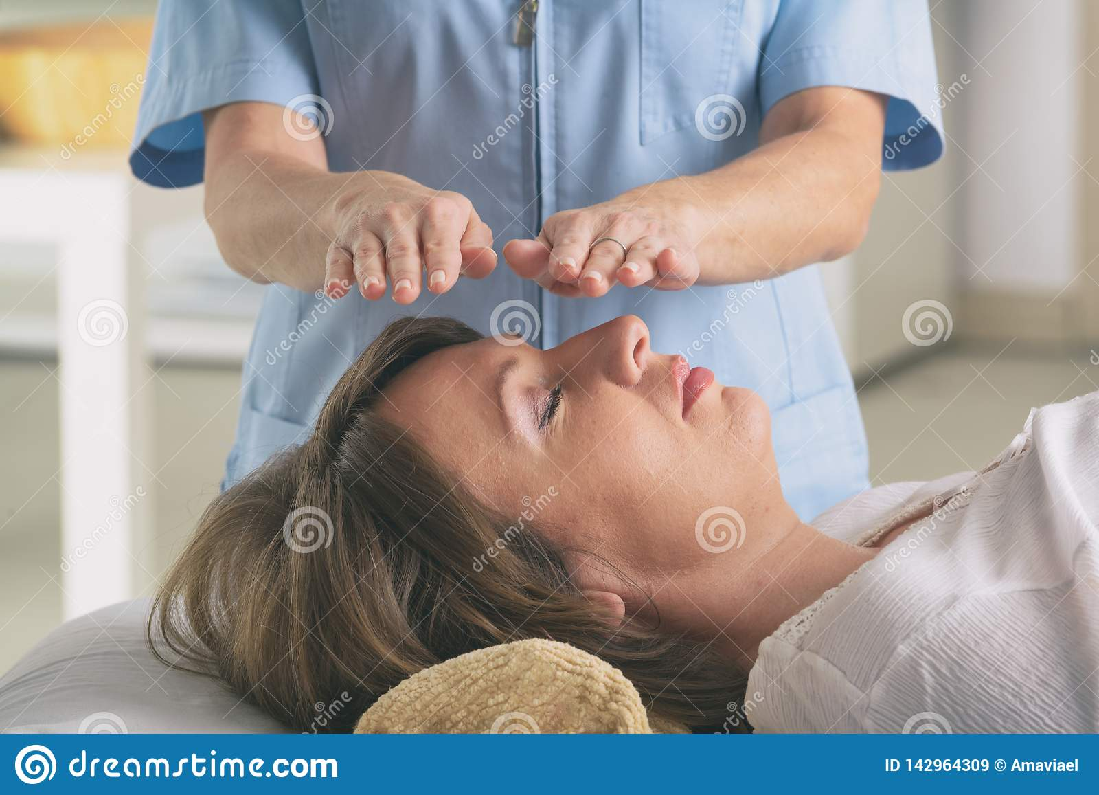 Professional Reiki Healer Doing Reiki Stock Image - Image of