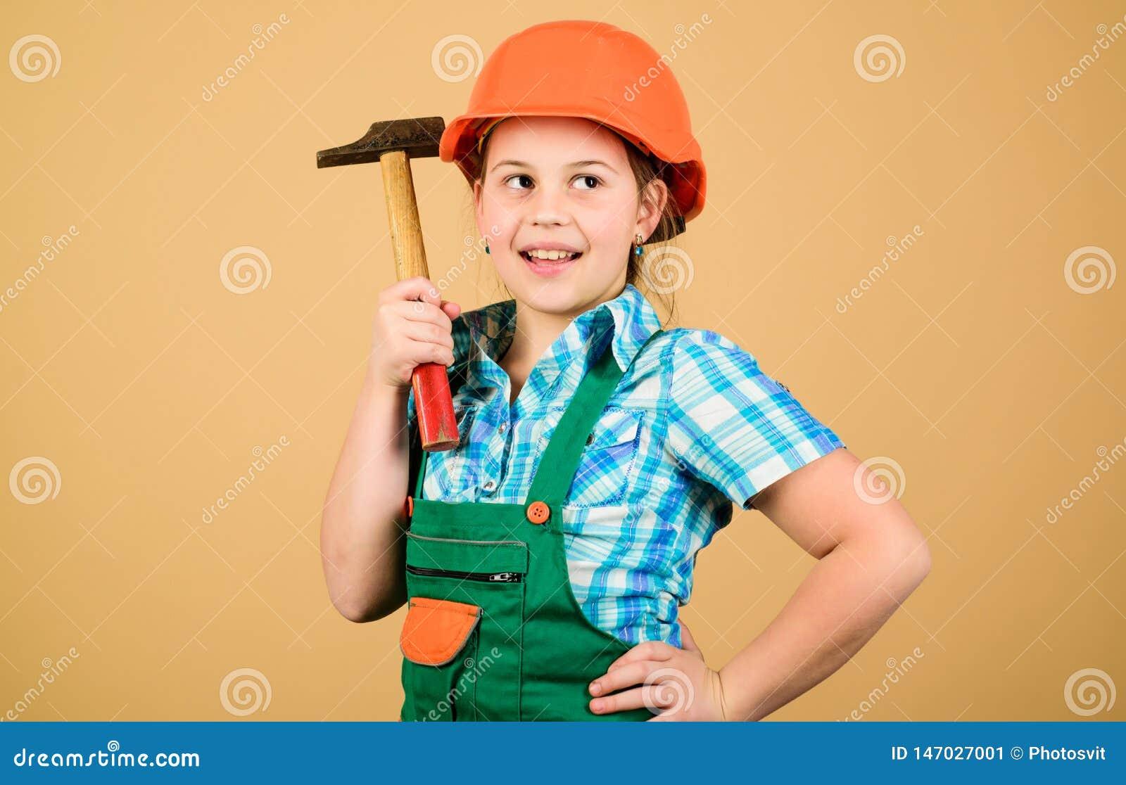 Professione futura Sviluppo di puericultura Architetto dell ingegnere del costruttore Lavoratore del bambino in casco Strumenti p