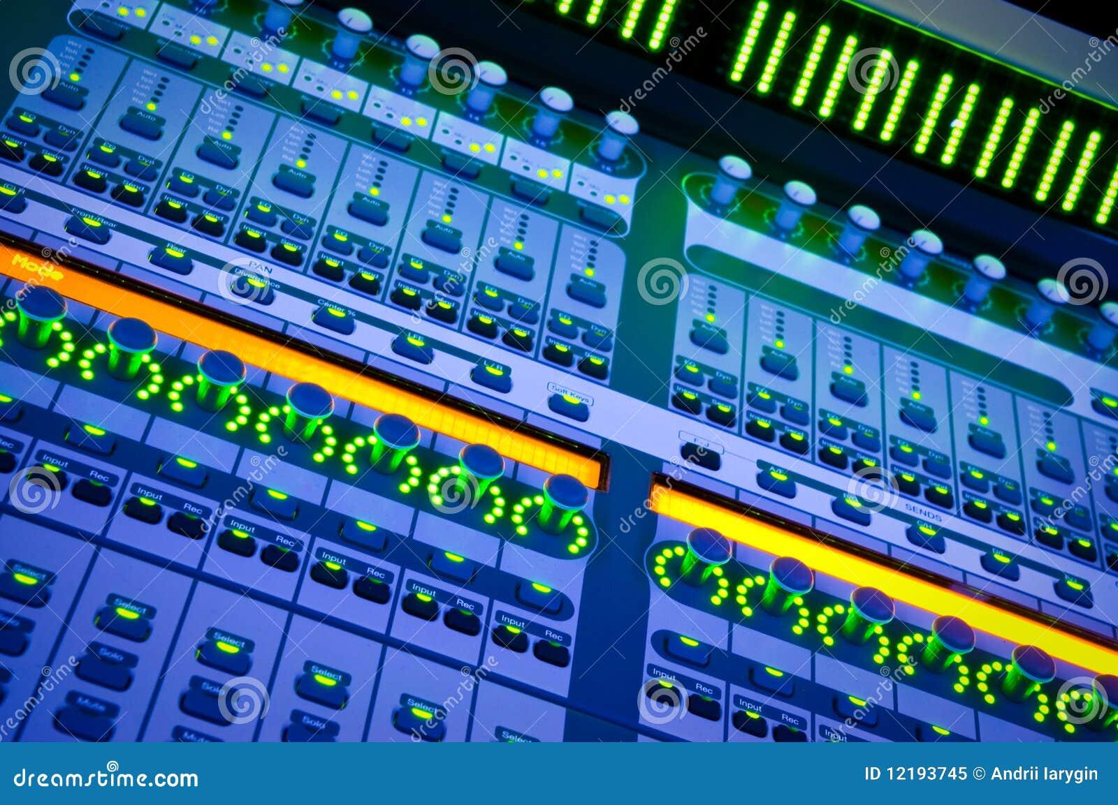 Professionele audiomixer