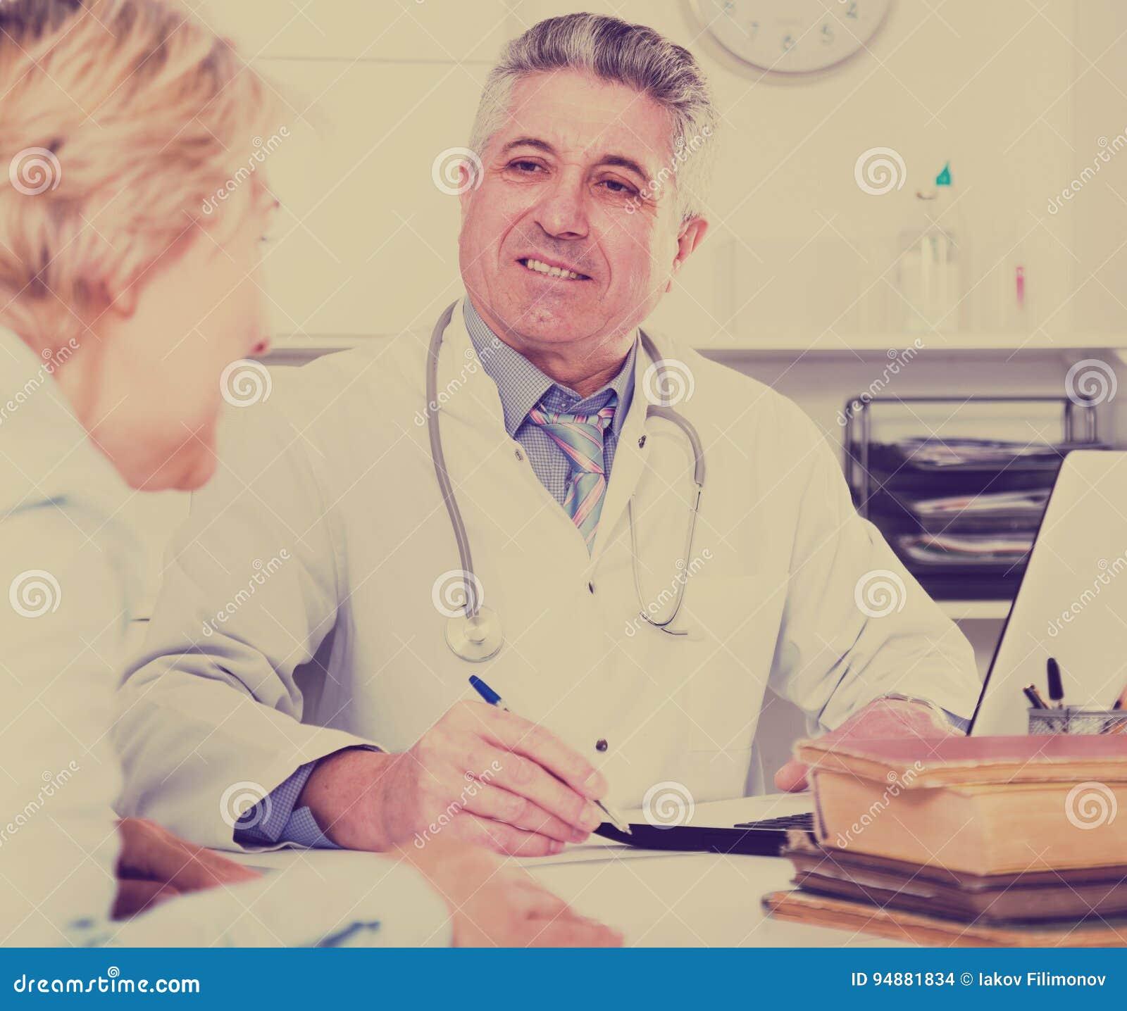 Professor av medicinutbildningskollegan