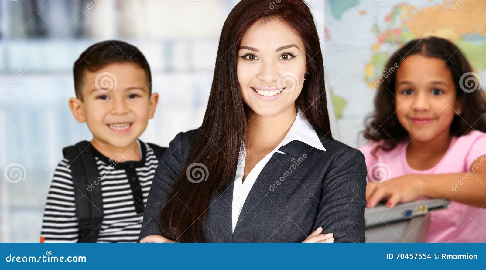 Professor e estudantes