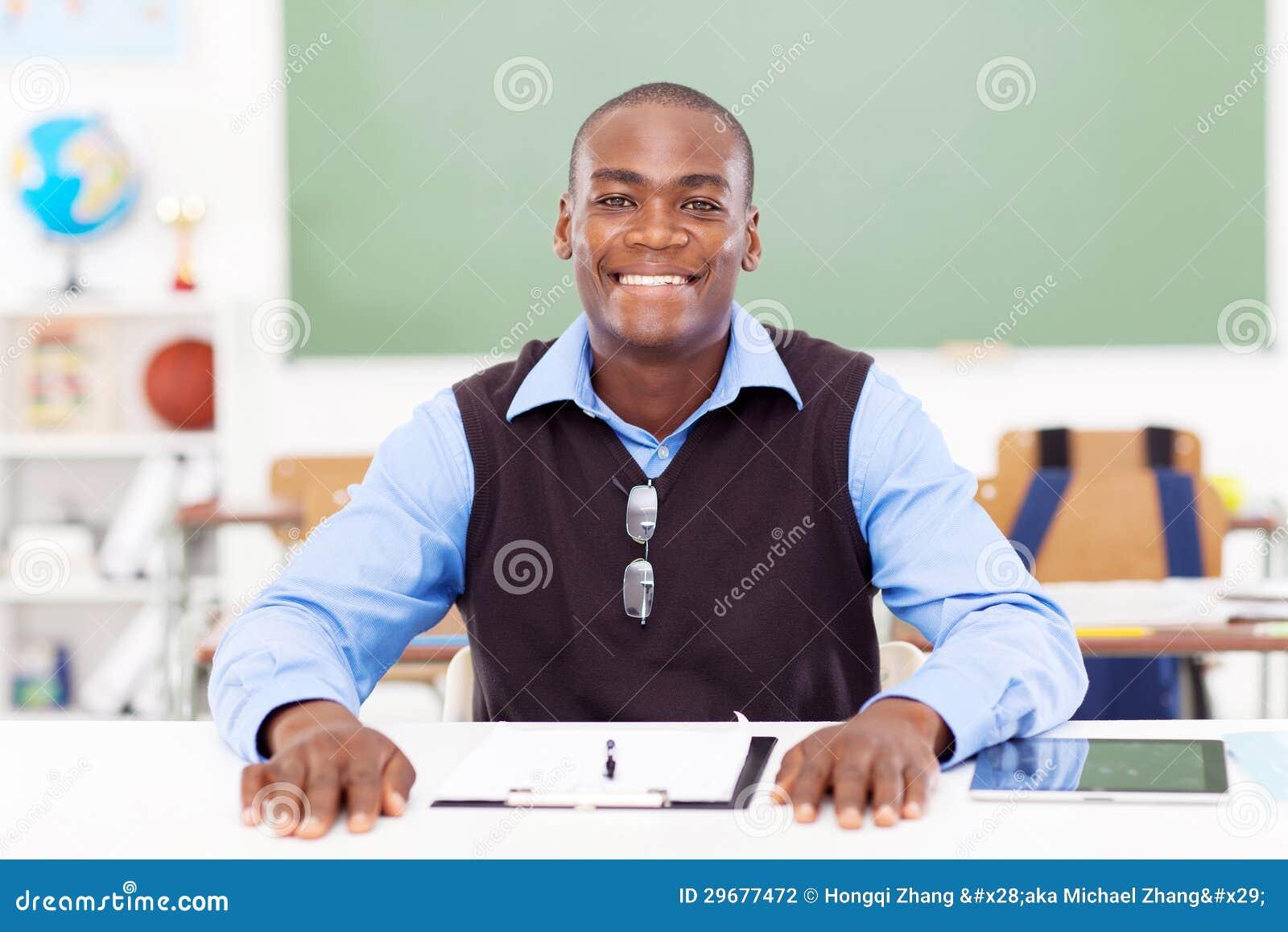 Professor masculino africano