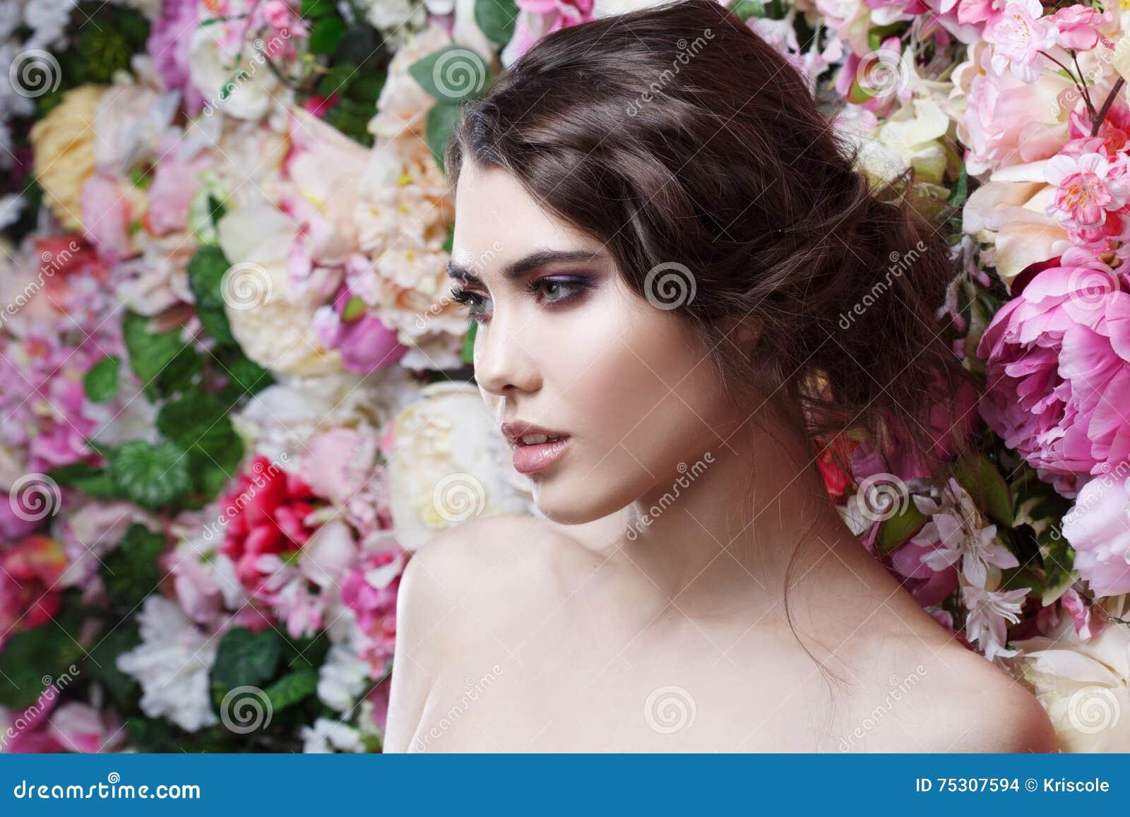 Profil Piękna Mody Dziewczyna Cukierki Zmysłowy Piękny Makeup I