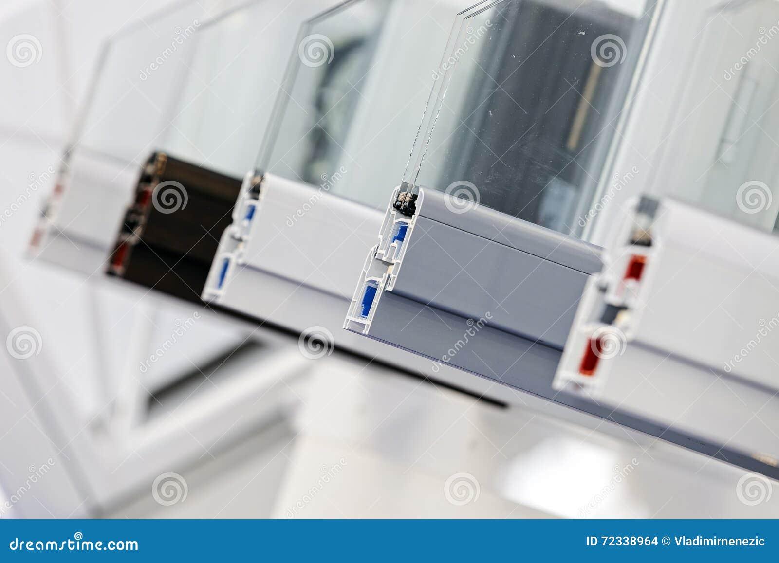 Profili pvc per finestre good coprifilo in pvc per finestra rotonda ovale with profili pvc per - Finestra rotonda e ovale ...