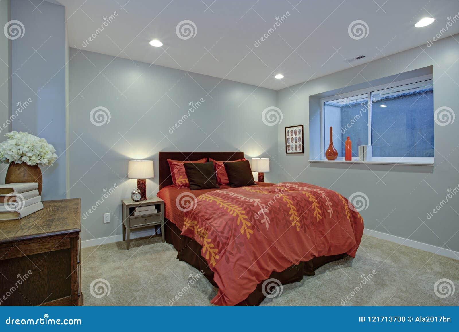Camere da letto pareti blu blu appartamento con camera da letto separata u foto stock camera - Pareti blu camera da letto ...