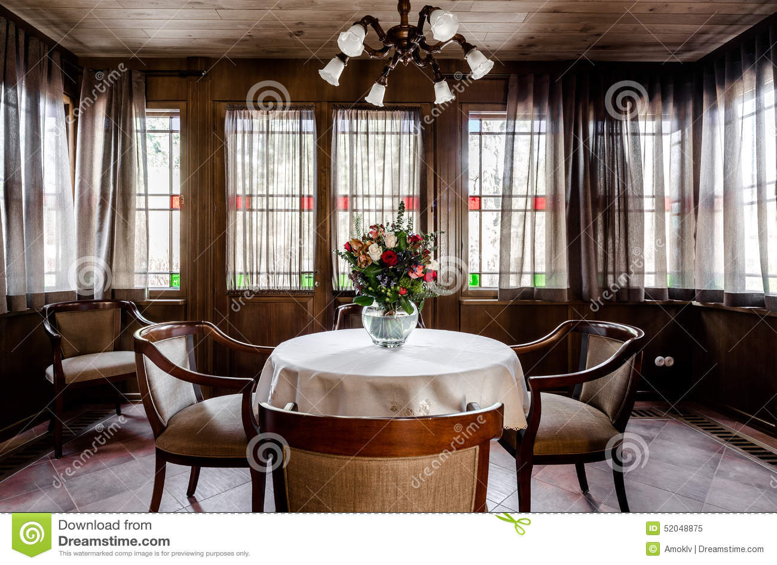 Progettazione contemporanea della sala da pranzo immagine for Camera da pranzo contemporanea