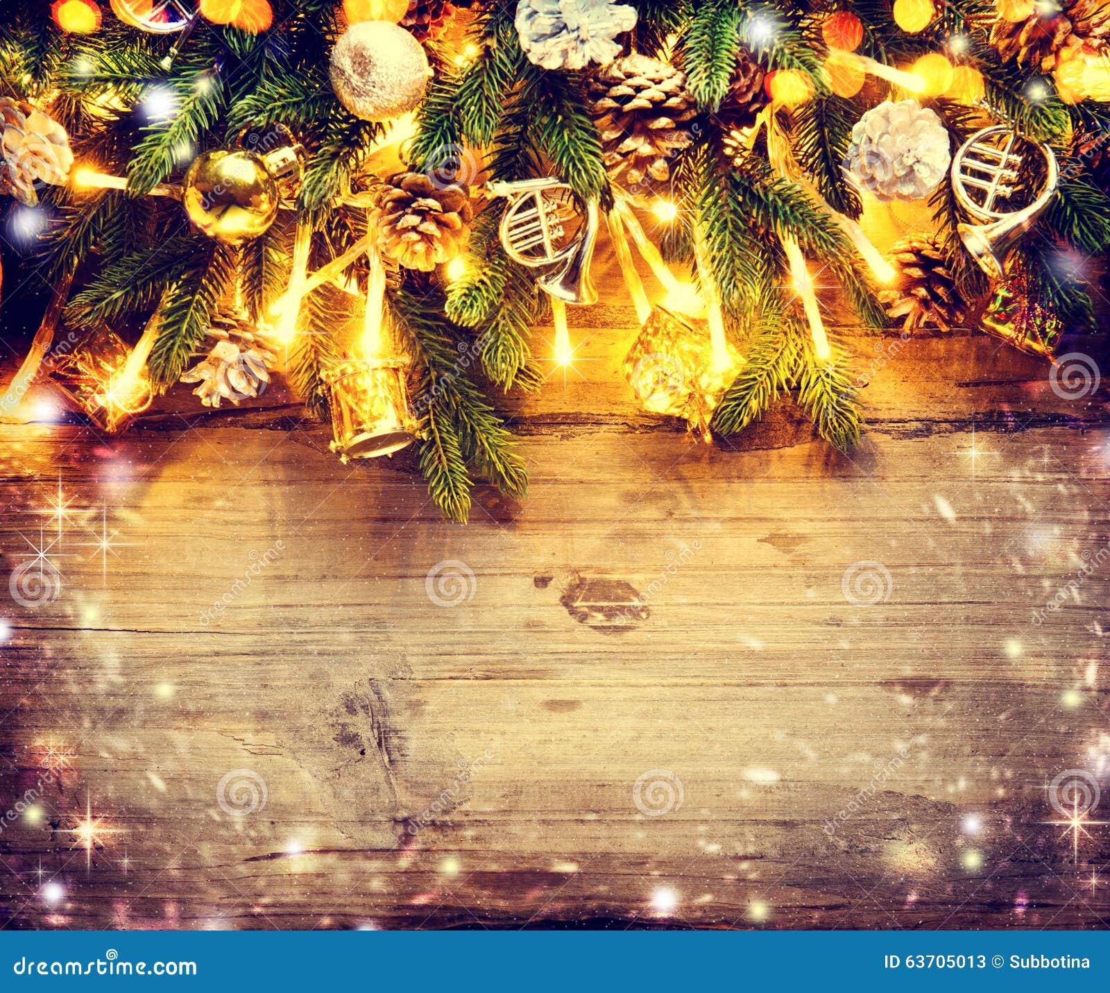 Progettazione di arte del confine con l albero di Natale decorato