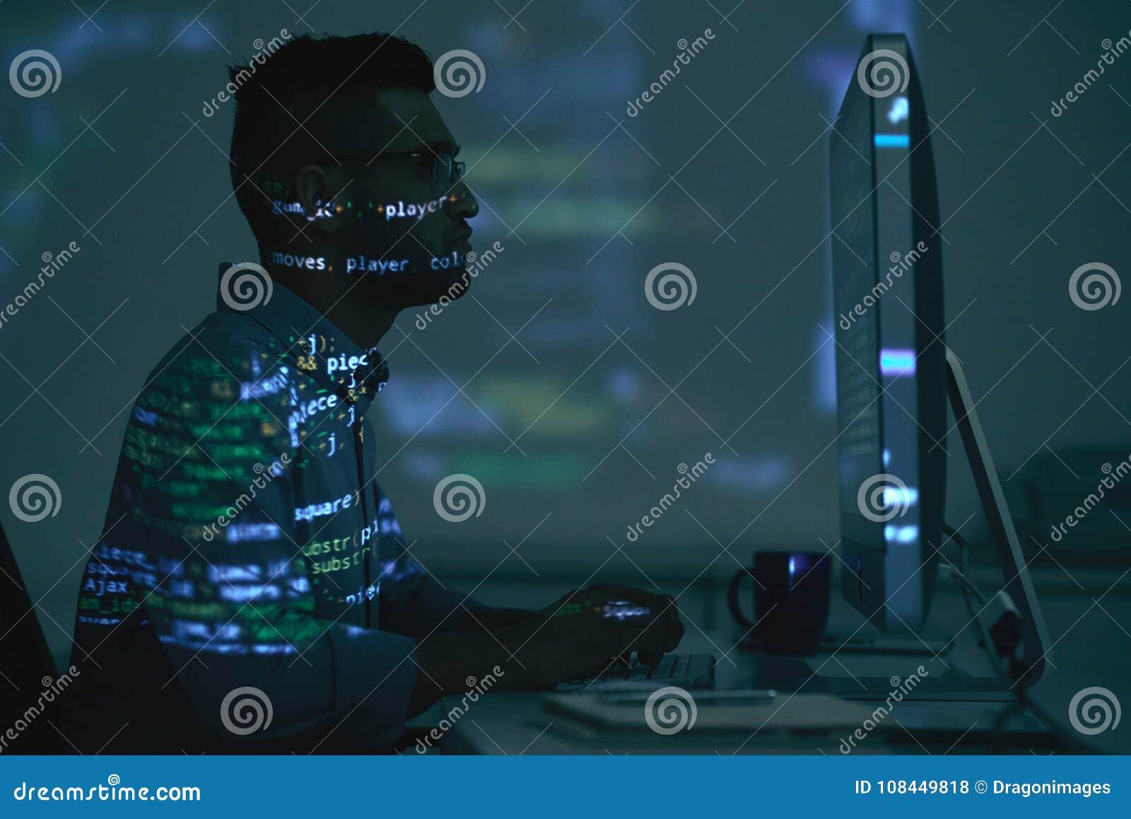 Programmateur de logiciel indien