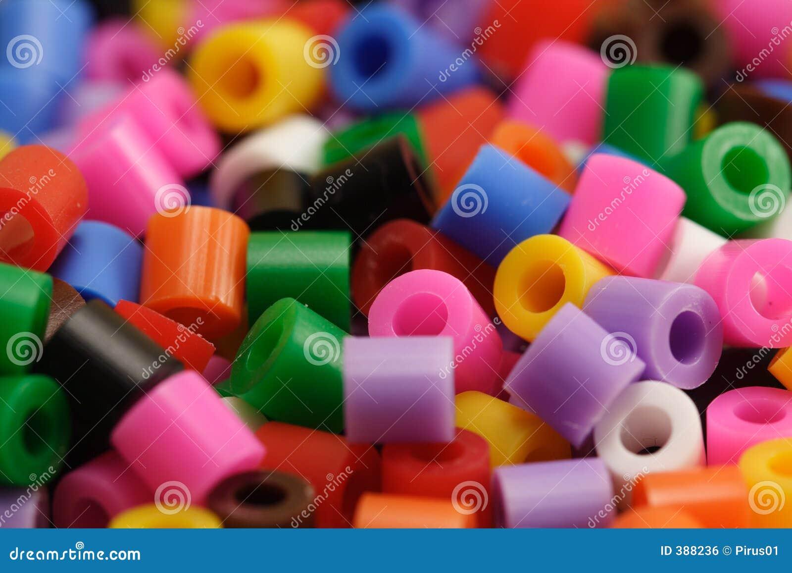 Programmes en plastique colorés