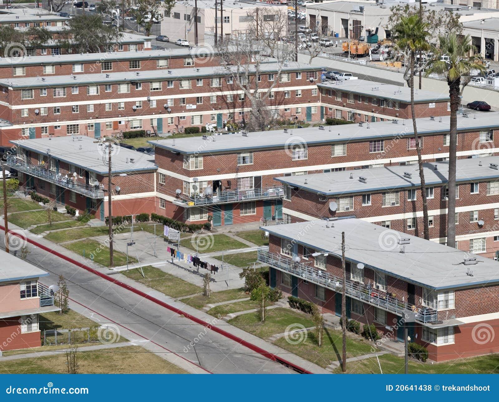 Programmi di costruzione di alloggi pubblici