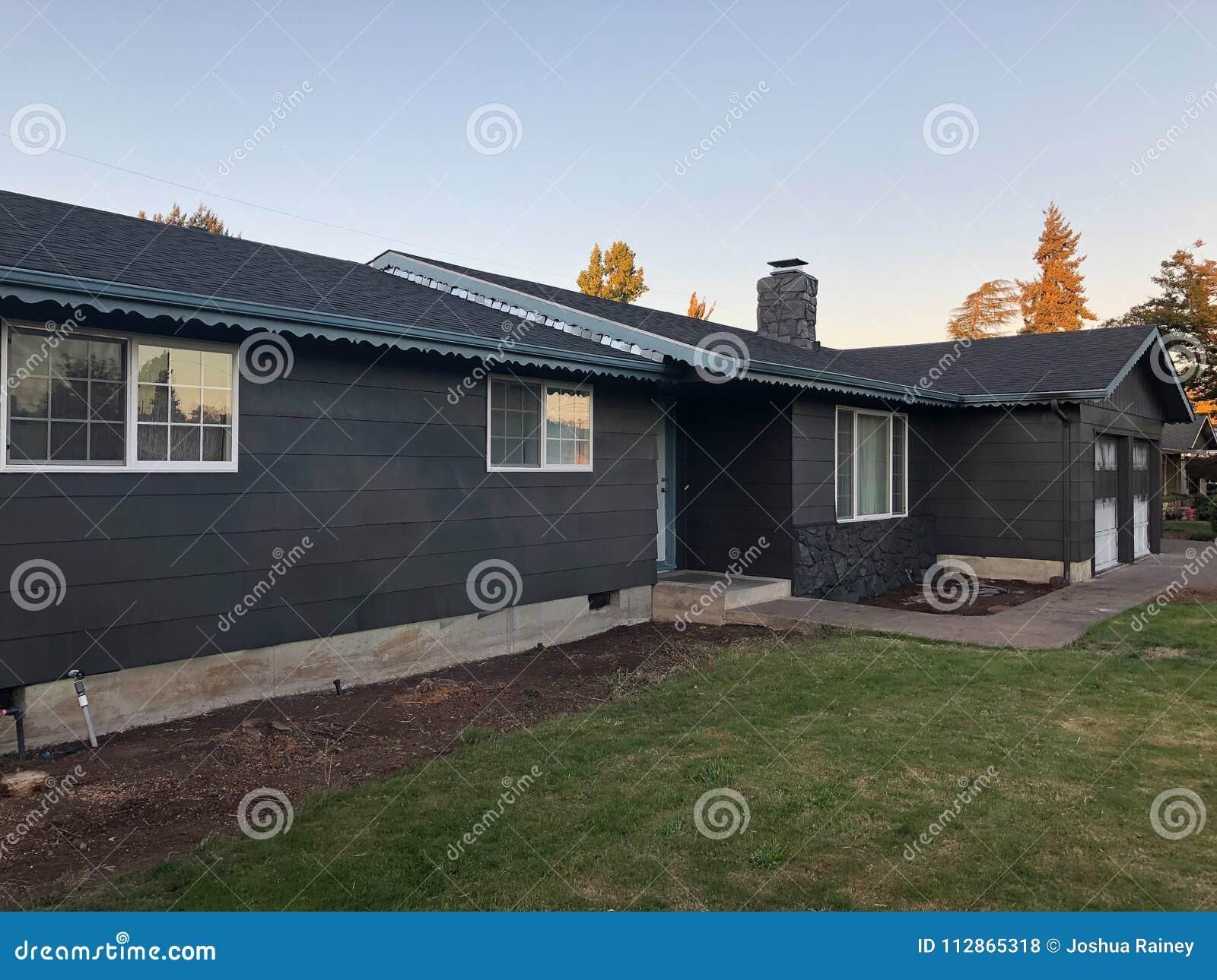Colore Esterno Casa Moderna progresso della pittura per uso interno su rinnovamento