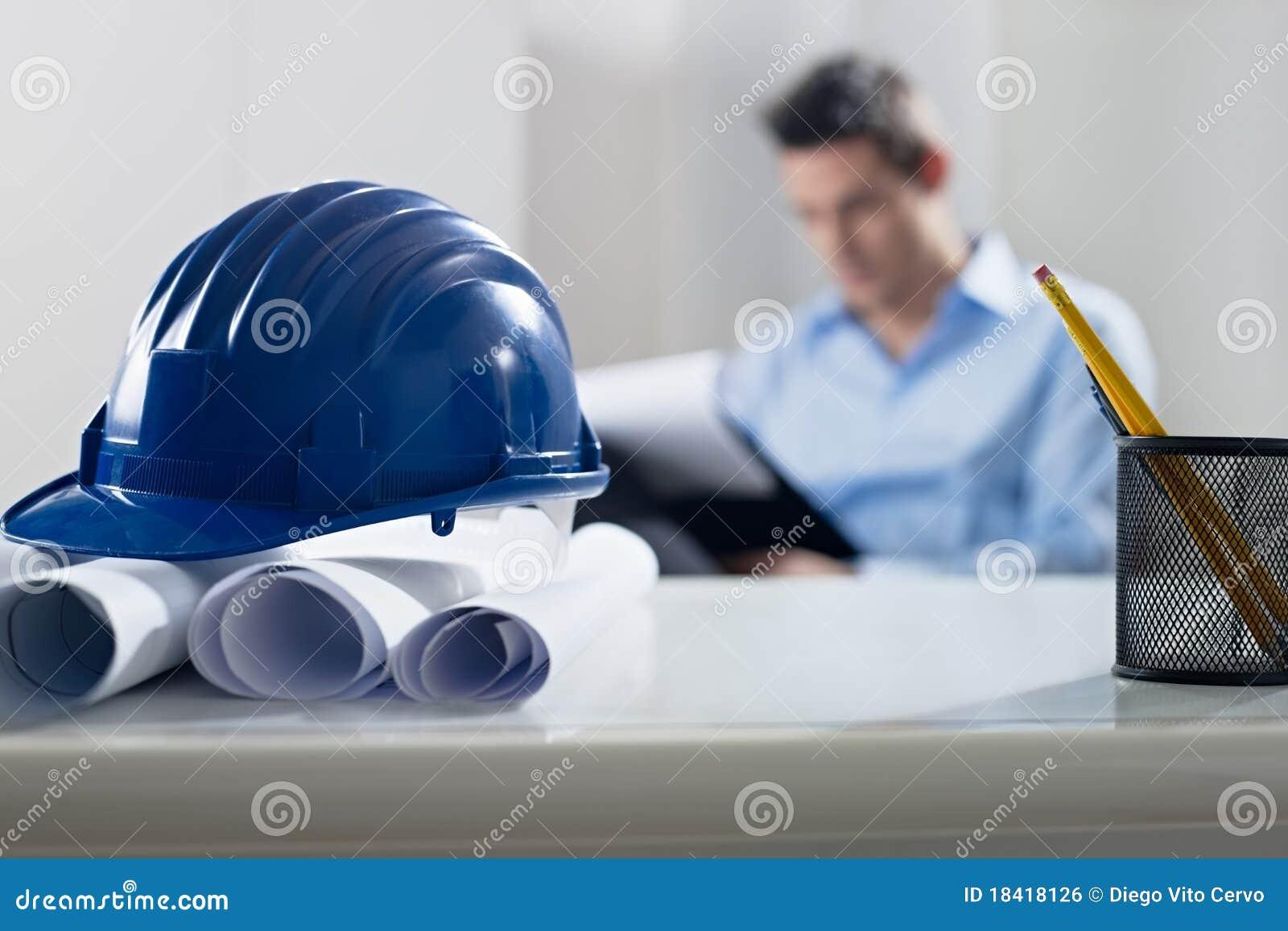 Projekta biurka hardhat