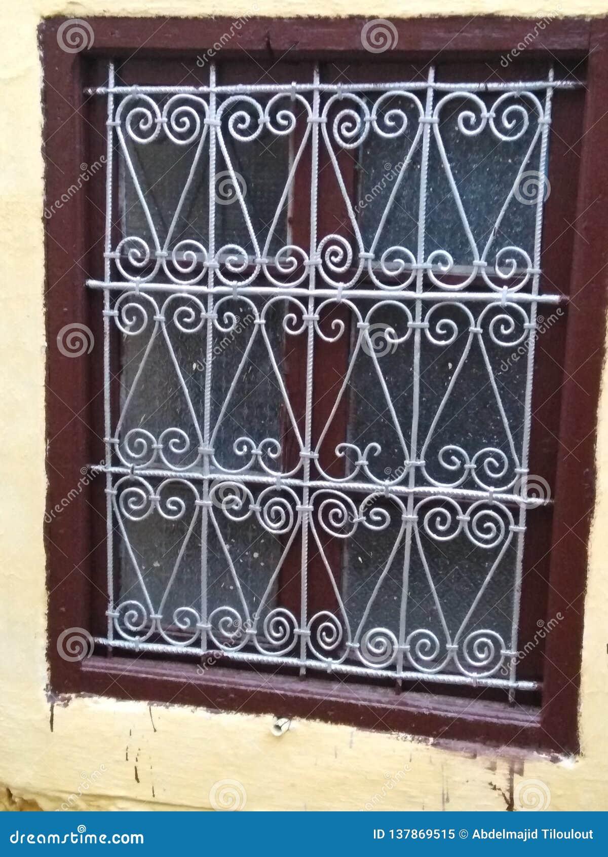 Projeto marroquino tradicional da janela