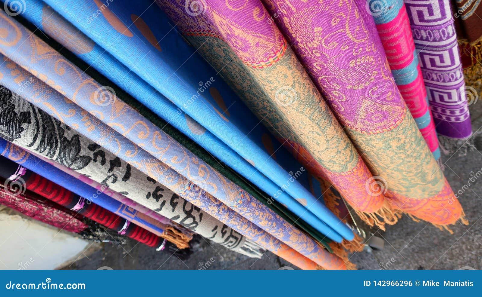 Projetos de seda coloridos da textura