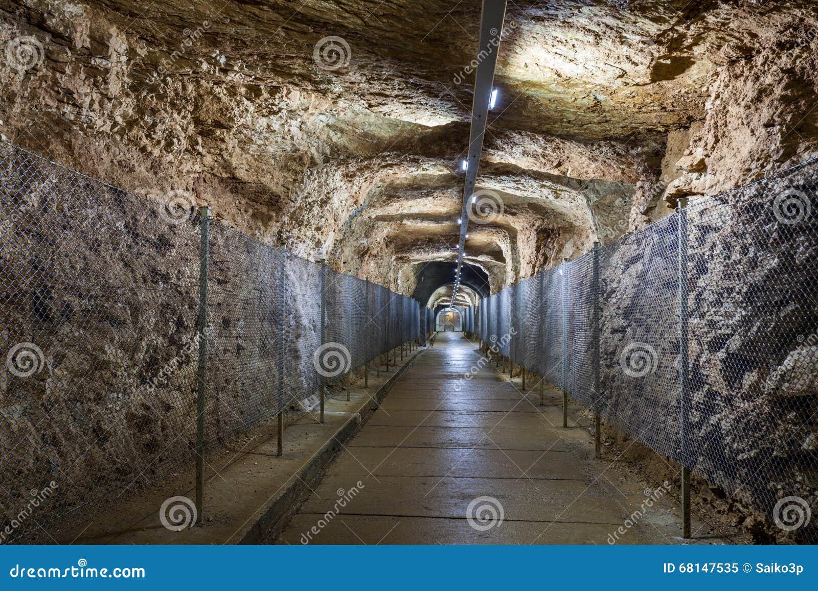 Prometheus-grotta, Kutaisi