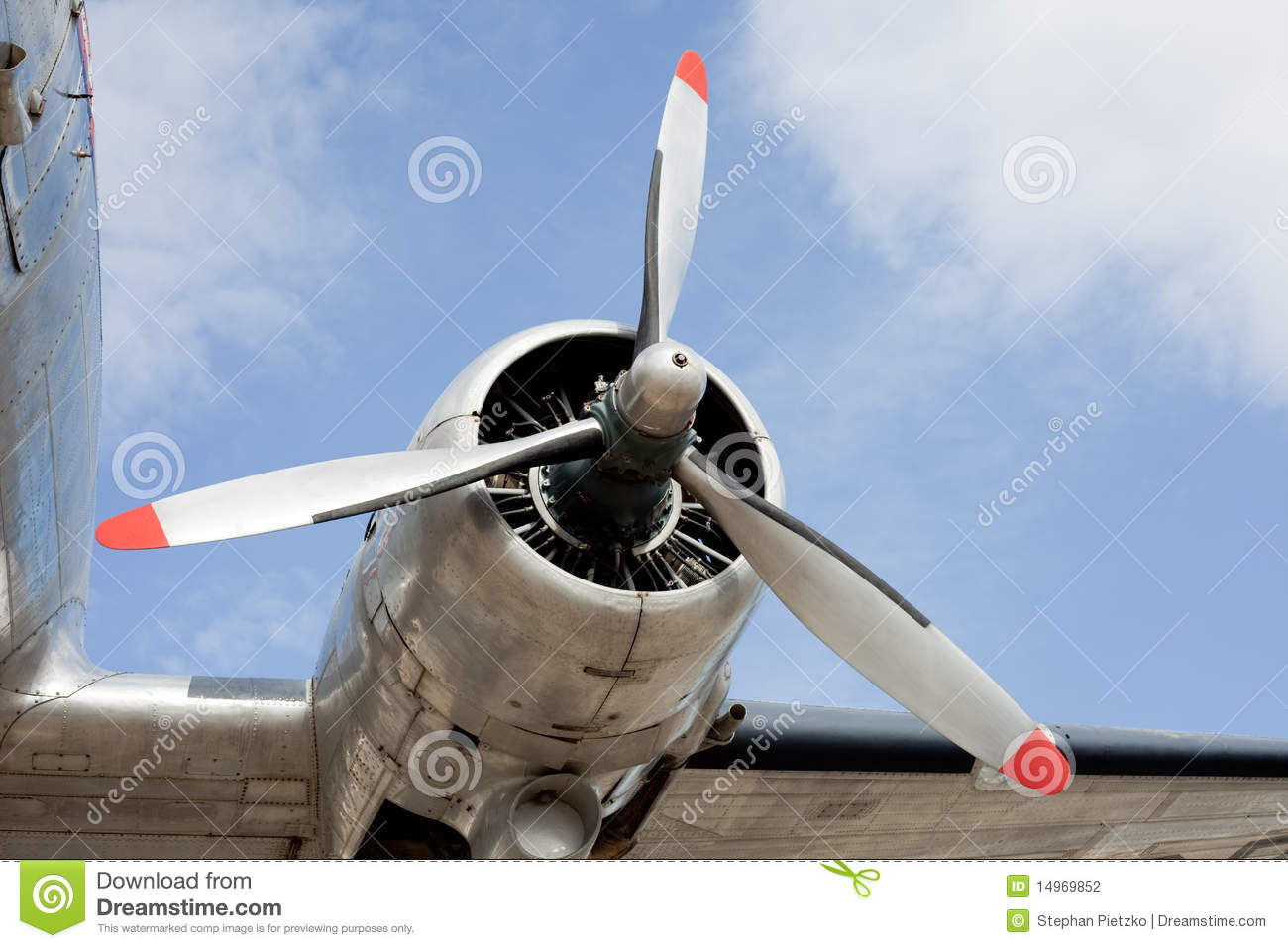 Download Propeller Engine Of Vintage Airplane DC 3 Stock Photo