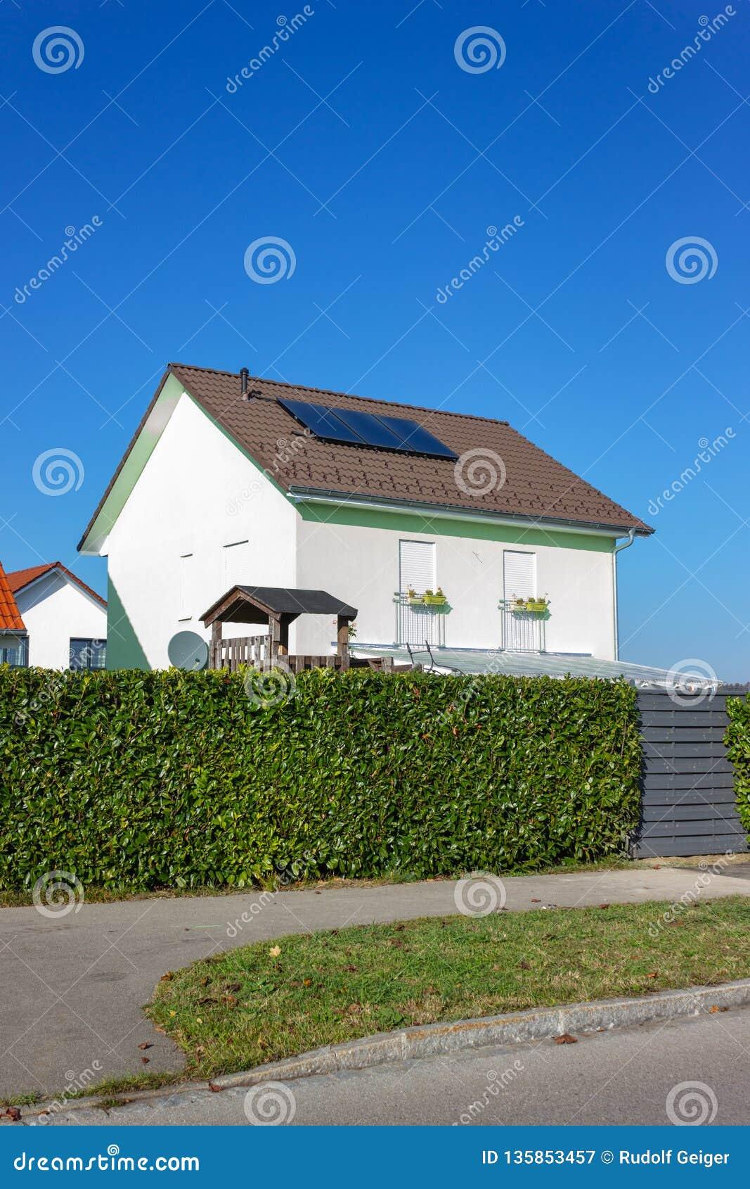 Proprietà privata con il pannello solare