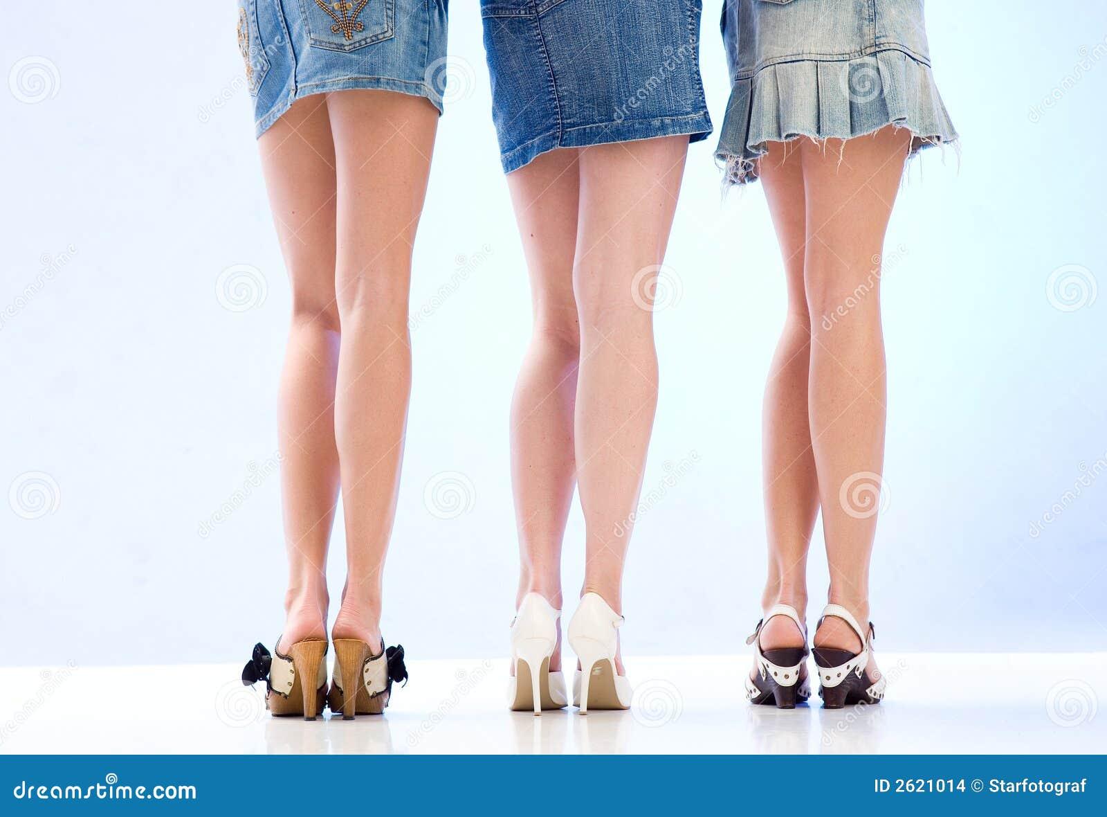 Секс девочки в мини юбке 10 фотография