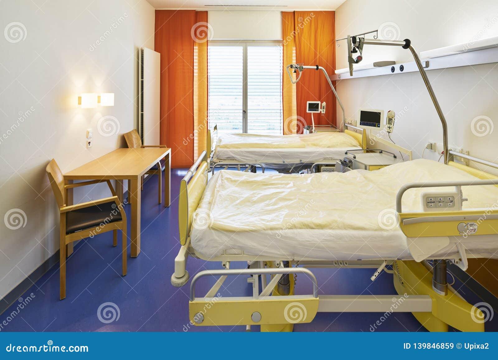 Camera Da Letto In Prospettiva Centrale prospettiva centrale del letto di ospedale della stanza