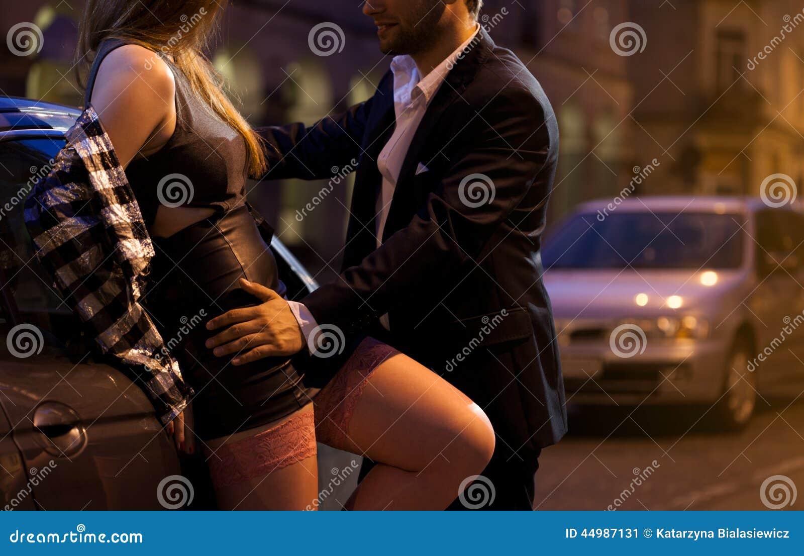 Horisontal kvinne flirt