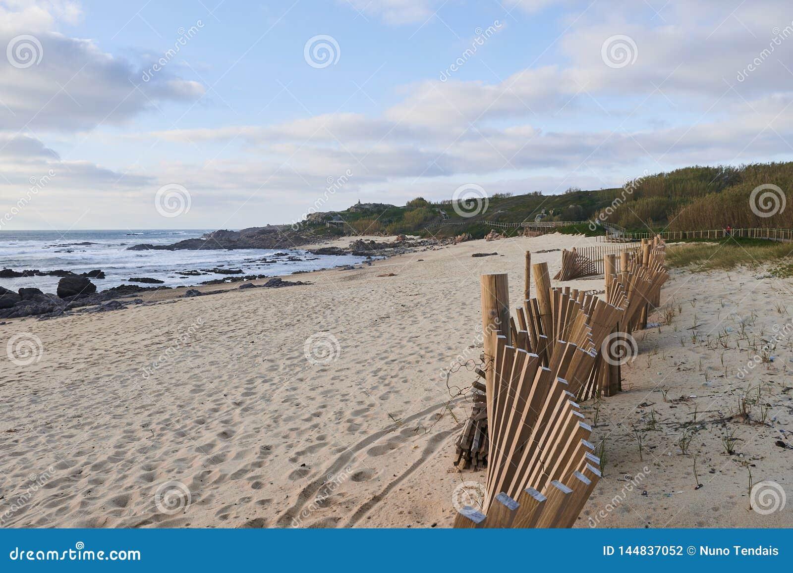 Proteção das dunas da praia