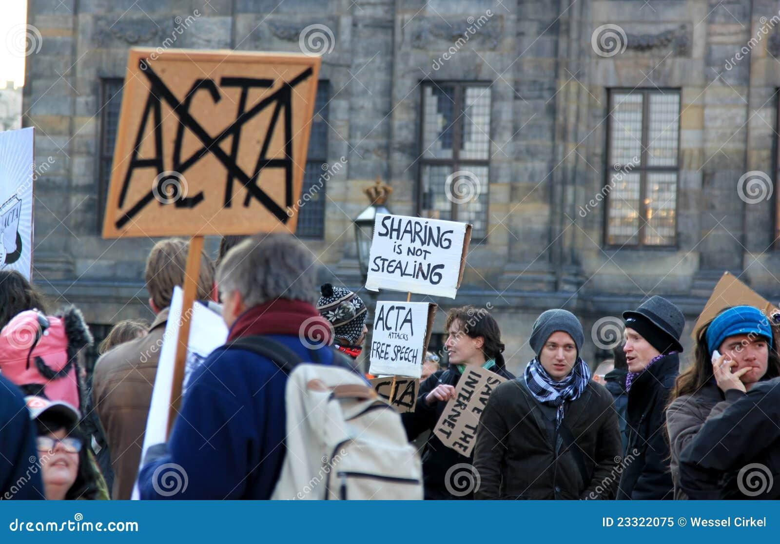 Protesto da Anti-ACTA em Amsterdão, os Países Baixos