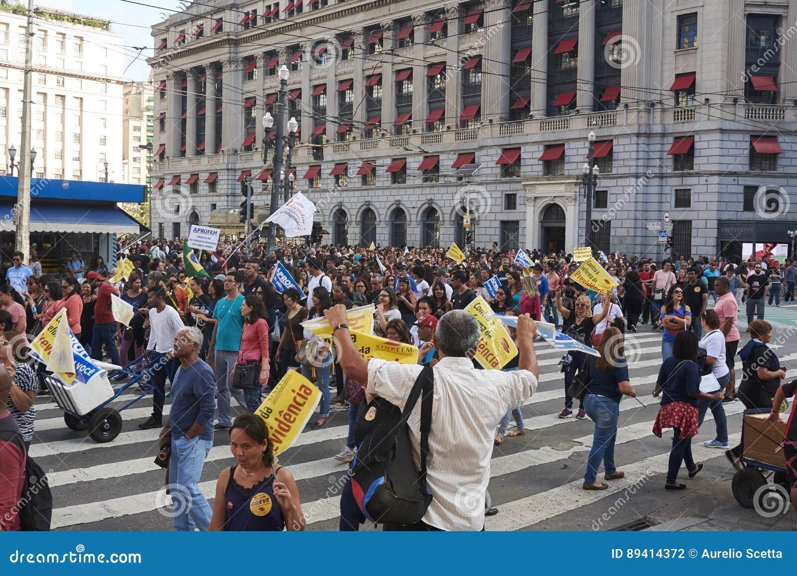 Protesto dos professores contra a reforma da segurança social