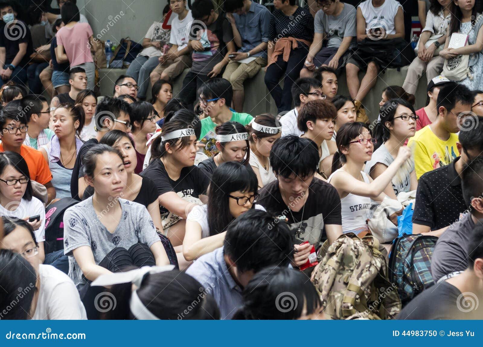 Protestujący o północnych wschodów Nowych terytorium Hong Kong