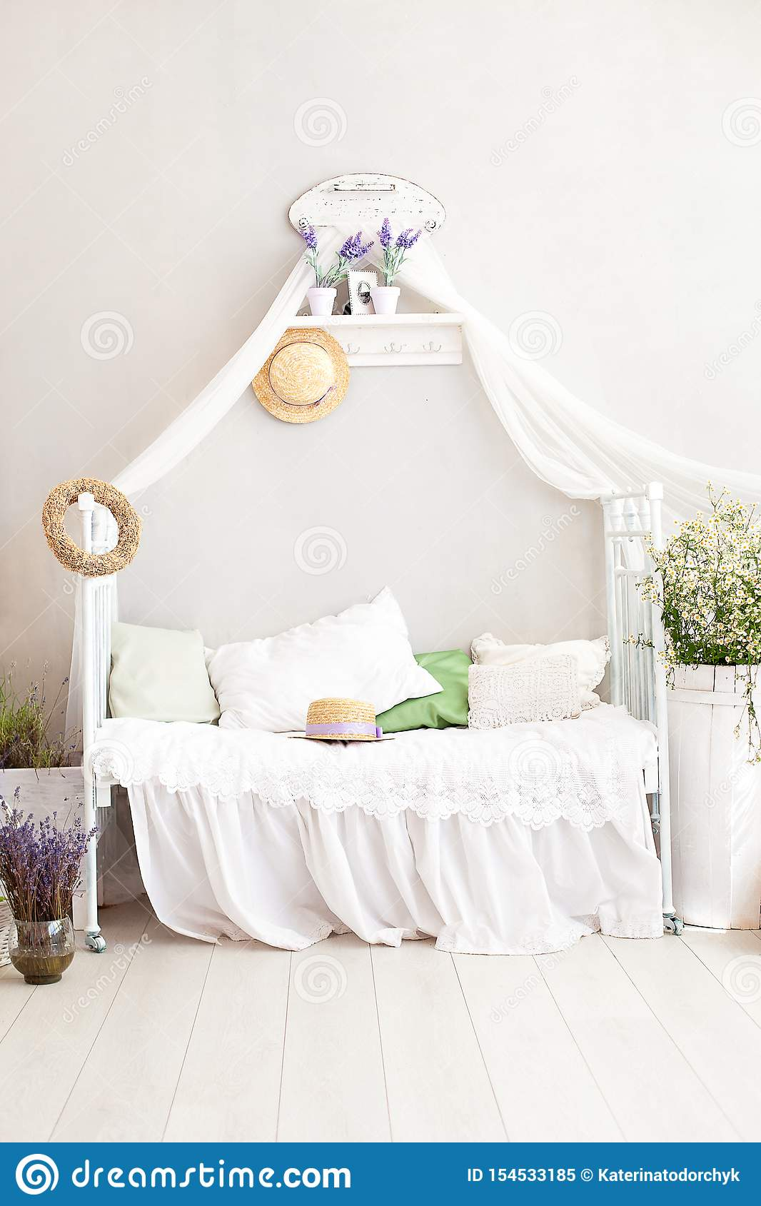 Provence Style, Rustic Style! Shabby Chic Interior Girly ...