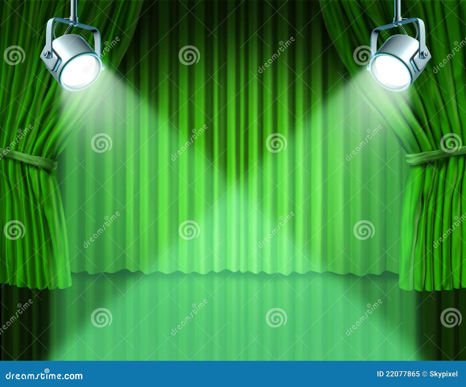 Proyectores en las cortinas verdes del cine del terciopelo