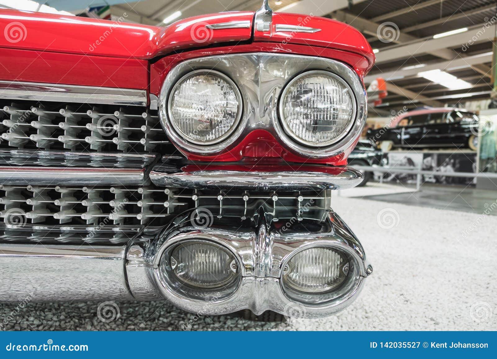 Przód Czerwony Cadillac Eldorado Biarritz 1959 Sinsheim